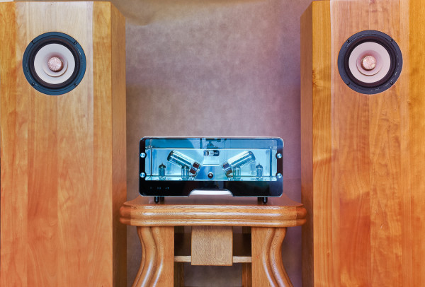 Existence Loudspeakers Erotic & Egg-Shell Prestige TEST