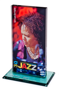 Terri Lyne Carringtone with Statuette from MPC