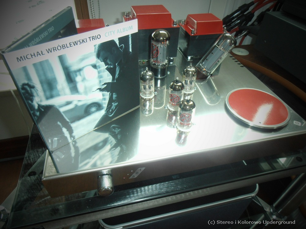 Egg-Shell Classic 9WLT vacuum tube integrated amplifier REVIEW